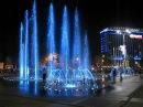 Поющий фонтан на Театральной площади Краснодара