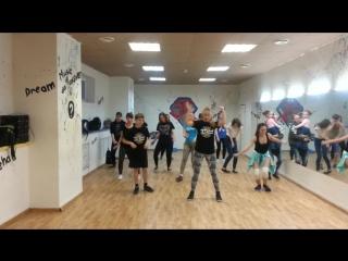 Профессиональная школа танца JLT school. Смешанная группа Дансхолл. Dancehall. Хореография Ольги Селивановой. [720p]