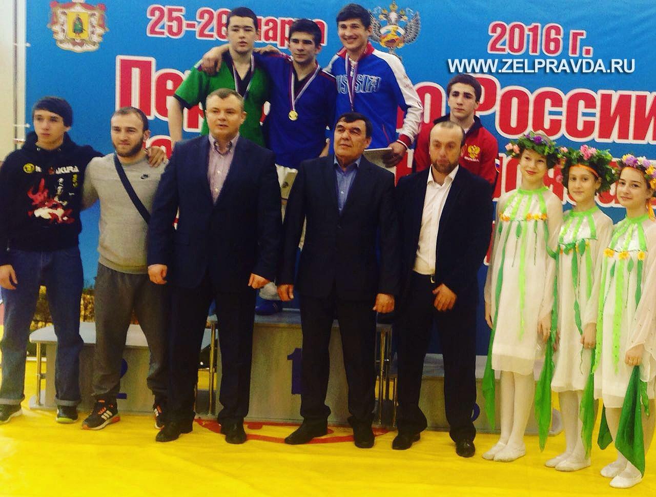 Борцы из Зеленчукского района стали призерами Первенства России
