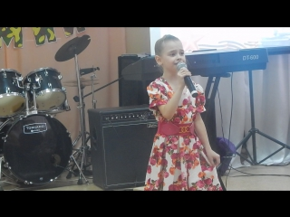 школа рок-н-ролла концерт 20.02.2016 - 1 -Маша Выставкина - Нарисовать мечту
