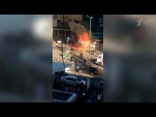В одном из торговых центров Сочи произошел пожар, пострадали 8 человек