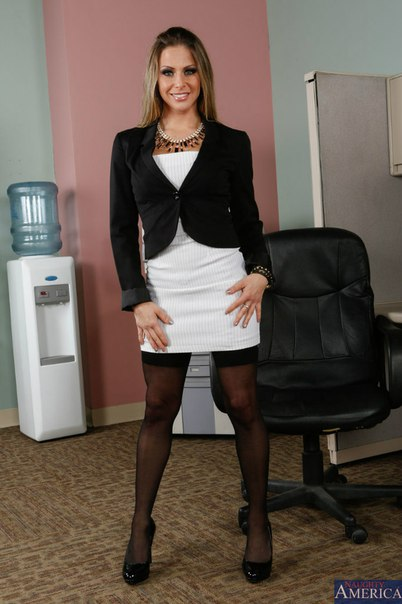 Rachel Roxxx - Naughty Office