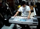 Продавец жжёт синтезатор YAMAHA, KORG