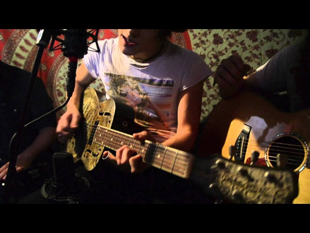 Tyler Bryant the Shakedown Lipstick Wonder Woman Acoustic