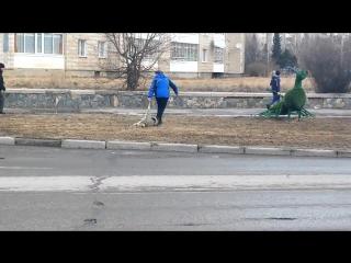 (18+) Очевидцы сняли жестокий метод отлова собак в Казахстане, Усть-Каменогорске
