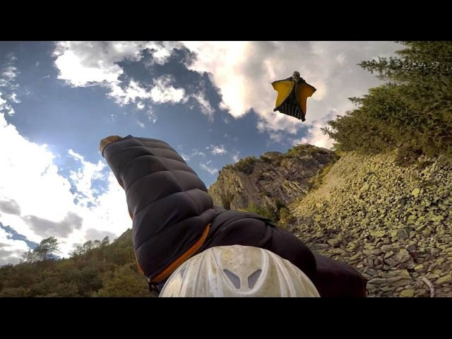 The Great Dario-Rear View - Graham Dickinson Dario Zanon -Crazy Wingsuit Flight