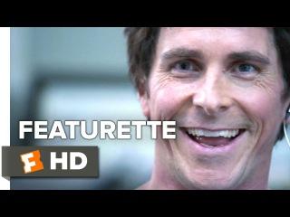 Игра на понижение. знакомство с героем Кристиана Бэйла The Big Short Featurette - Meet Michael Burry (2015) - Christian Bale Drama HD