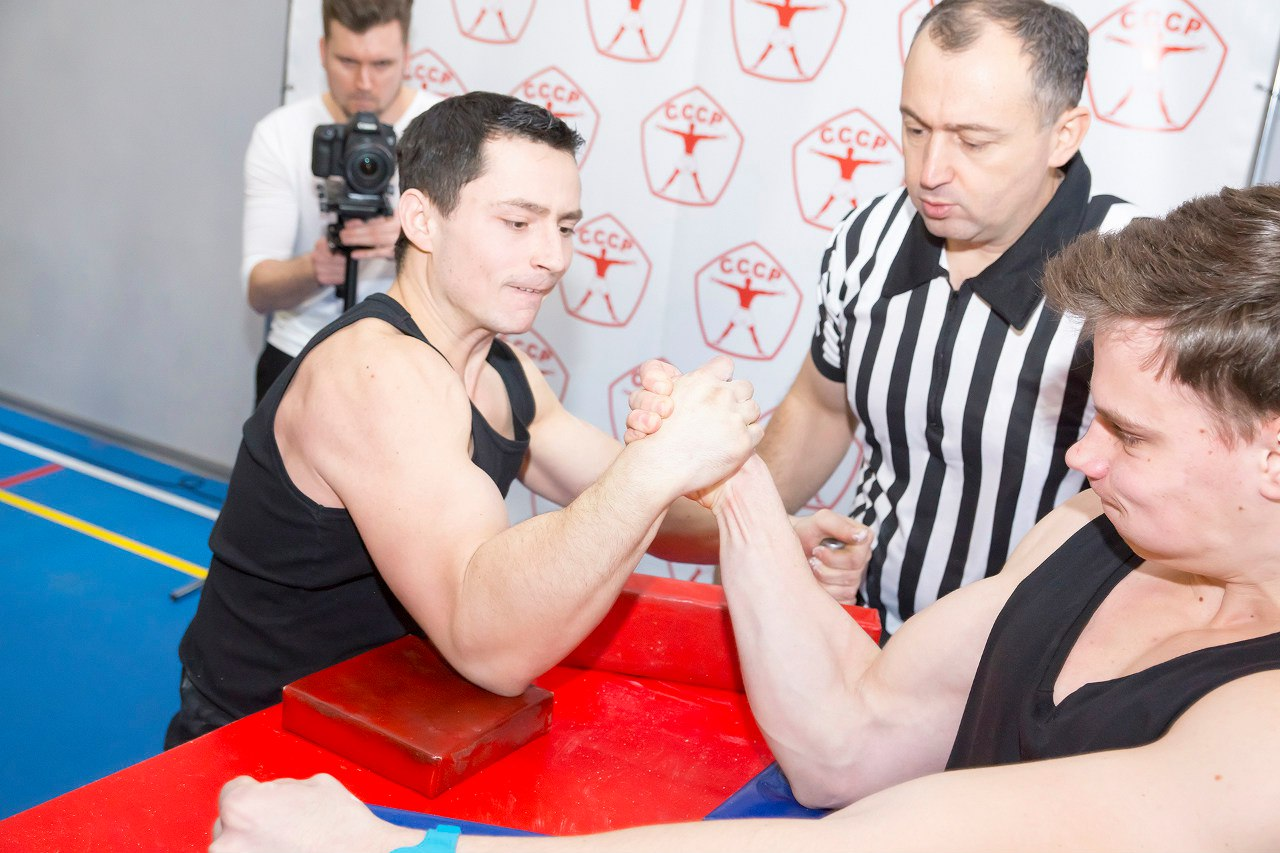 "Kote Razmadze referee at ""CCCP Armwrestling Championships 2016"""