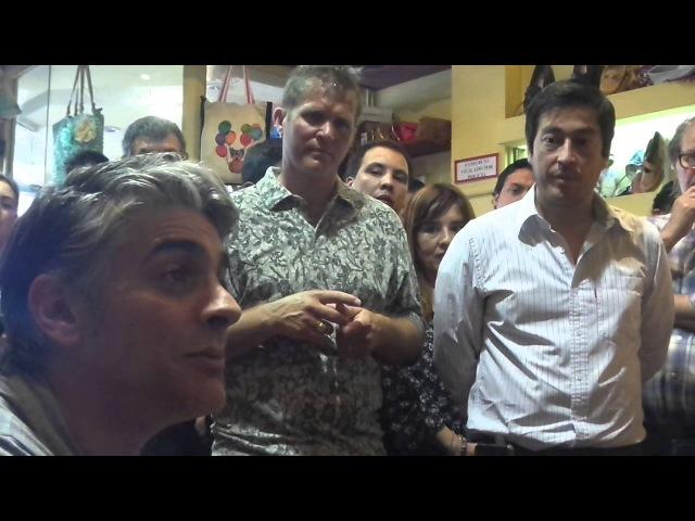 Pablo Echarri y Victoria Oneto convencen a los vecinos de Tortuguitas de votar a Scioli