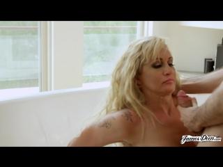 Ryan Conner (Slutty Mom Part 2) [porno 2015 г., Milf, anal, dp, HD 720p]