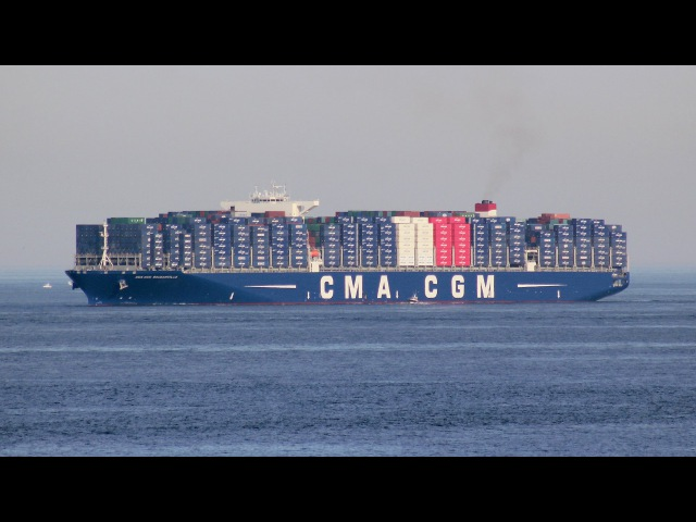 Biggest ship in the world docking in Port of Algeciras - CMA CGM Bougainville