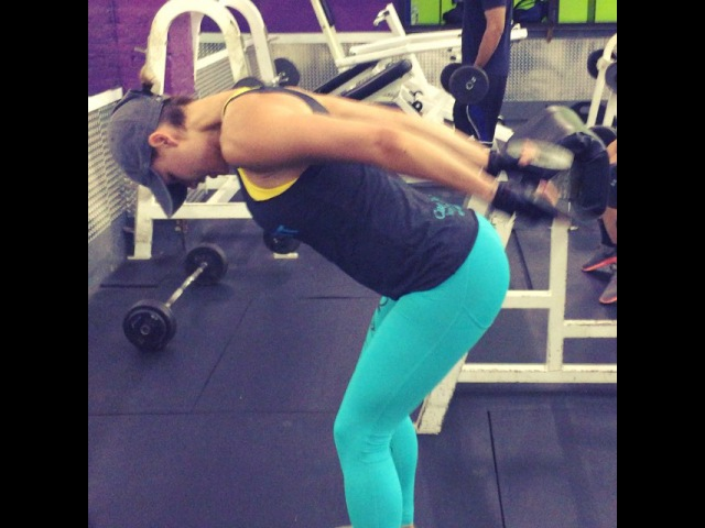 Anna Starodubtseva Очень хорошее упражнение для задних дельт.
