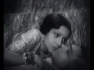 First Ever Kissing Scene of Bollywood Movie- Devika Rani and Himanshu Roy
