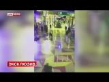 Падение люстры на людей в ТЦ в Сургуте попало на видео