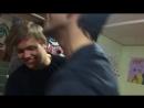 Танцующие Макар и Егор