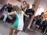 Вот как надо танцевать на русскую свадьбу