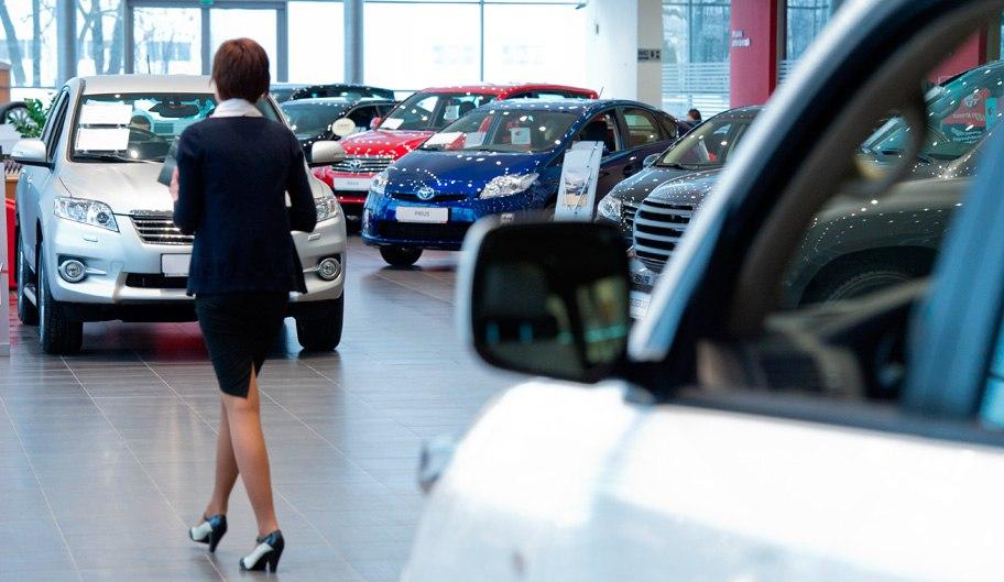 Продажи автокаско снижаются вслед за падением авторынка  – СОГАЗ