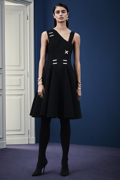 Versace. Pre-Fall 2015. (6 фото)