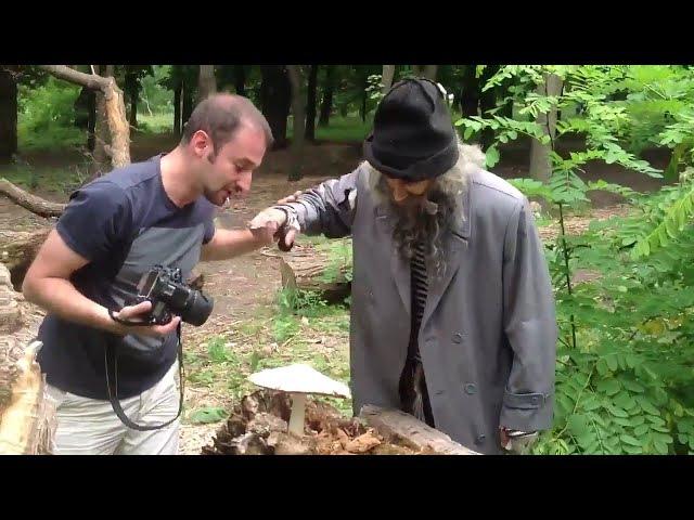 Бомж напал на фотографа Прикольное ржачное смешное видео