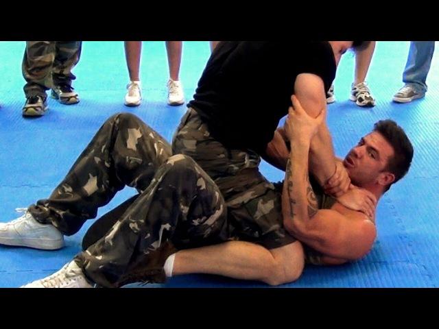 KRAV MAGA TRAINING Full mount Choke defense