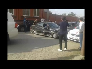 CheNet - Авария в Чечне на свадьбе. Приору всмятку