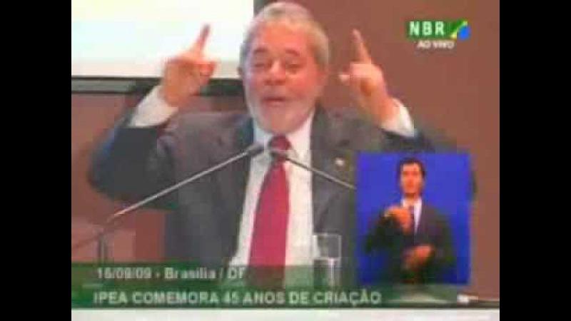 Lula desmascara a própria mentira da esquerda e diz que o PSDB não é de direita!
