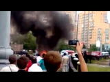 Реакция парня на взрыв