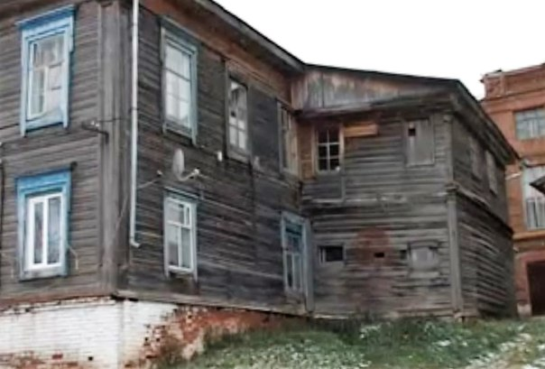 Жильцы аварийных домов в Чистополе боятся оказаться на улице. Местные власти форсируют программу по переселению
