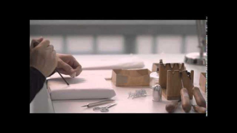 Le Petit Théâtre Dior Making of 'Miss Dior' dress