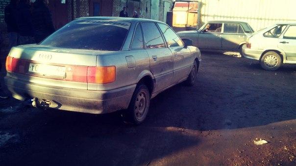продам ауди 80,1991 год выпуска,на полном ходу,кузов оцинковка,мотор 1.8 моновпр...