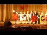 Девочка дала отпор обидчику прямо на сцене =))