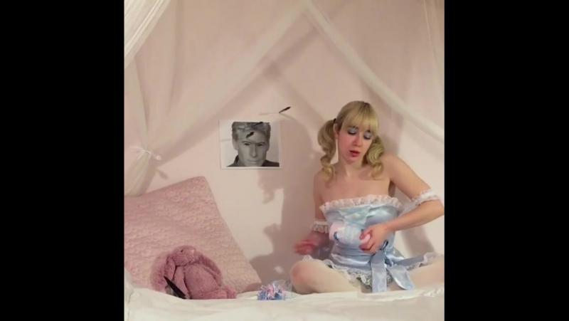 The angel yungelita got her crybaby perfume milk! 💕🌟🍼 x