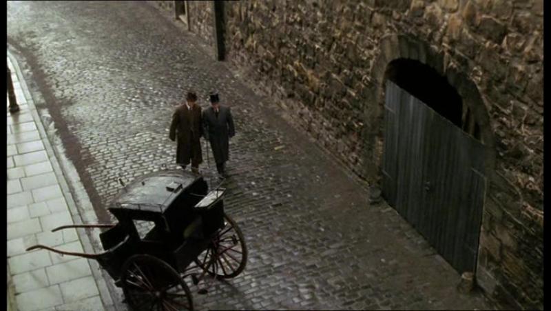 Комнаты смерти: загадки настоящего Шерлока Холмса. Фильм 5. Комбинация белого коня (2001) [Страх и Трепет]