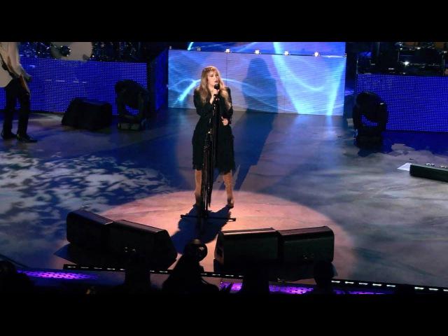 Stevie Nicks - Dreams [Live In Chicago]
