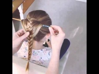 Плетение косы при помощи карандаша или палочки красиво за 5минут