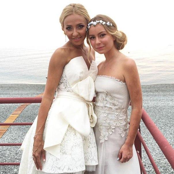 QTKHRo0FW c - Красивые дочки российских знаменитостей (фото)