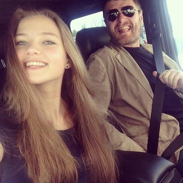 85ConfXTRX8 - Красивые дочки российских знаменитостей (фото)