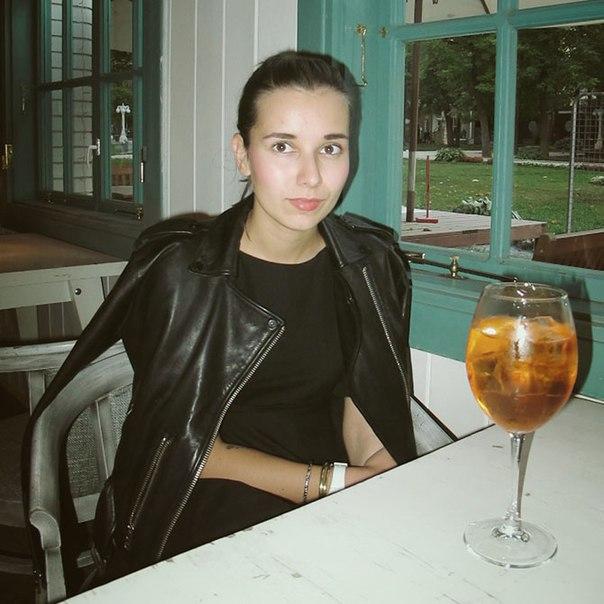 kBqR8Edc9iM - Красивые дочки российских знаменитостей (фото)