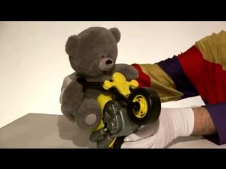 Клоун Дима, кукла Маша, Медведь и мотоцикл. Развивающее видео для детей.