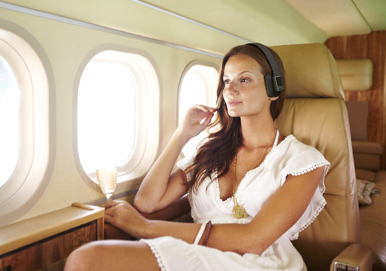 Фото девушки женщины в самолете 15 фотография