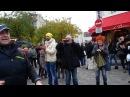 Поем на Монмартра попрошайничаем 50 евро за 15 минут