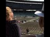 27 августа  Дженнифер и Эми на репетиции концерта Билли Джоэла (Чикаго, США)