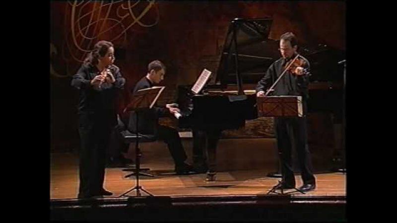 Bach Trio Sonata BWV 1038 in G major, Radivo, Reville, Robilliard.