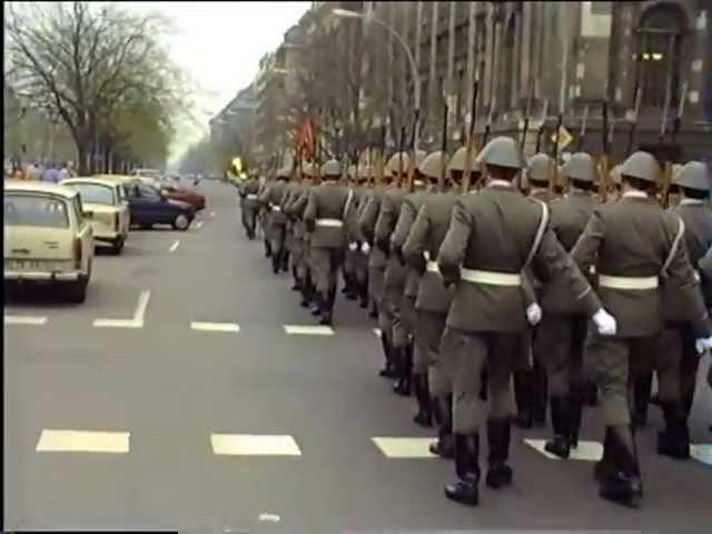 DIE LETZTE WACHABLÖSUNG DER DDR 1990.