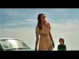 Дама в очках и с ружьём в автомобиле (2015)