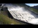 Сброс воды на Саяно Шушенской ГЭС