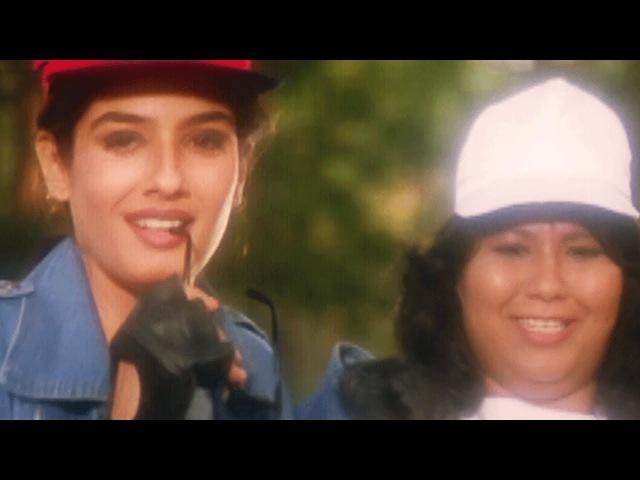 Akshay Kumar helps Raveena Tandon to win the race, Police Force - Scene 1/10