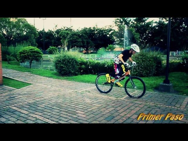 Como levantar rueda trasera de bicicleta y correrla a los lados - Tutoriales Pachotrial en español