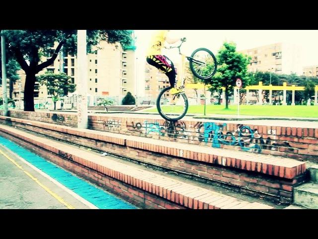 TUTORIALES PACHOTRIAL Como subir escalones de lado en rueda trasera de bicicleta en español