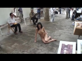 gwenc nude in public barcelona 04